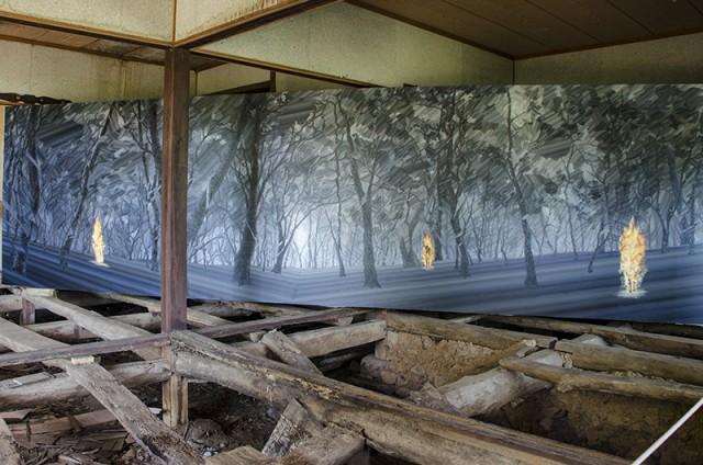 森に入る02
