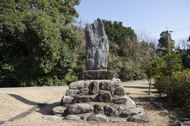 鶏知陸軍墓地04