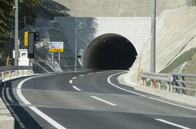 佐須坂トンネル01
